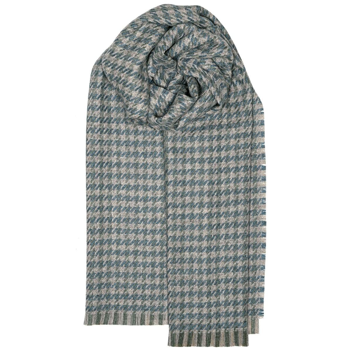 Fearne British Wool Corrie Sage Stole
